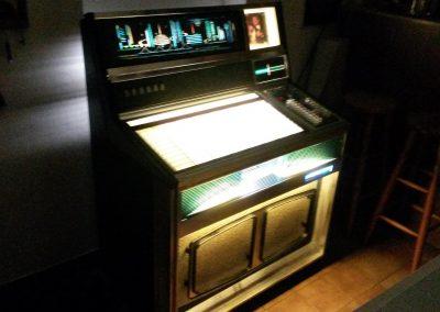 Jukebox16